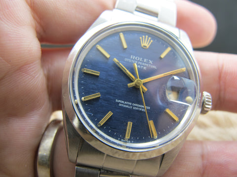 1971 Rolex OYSTER DATE 1500 Original Blue Texture Dial with Gold Markers