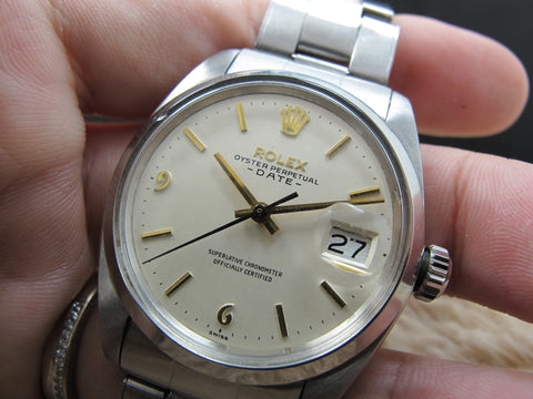 1960 Rolex OYSTER DATE 1500 with Original White Dial with Raised 6 9 Markers