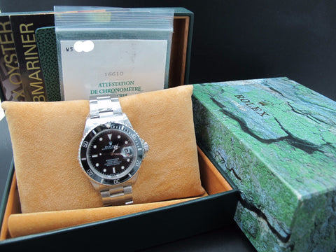 1996 Rolex SUBMARINER 16610 (T25 Dial) with Full Set