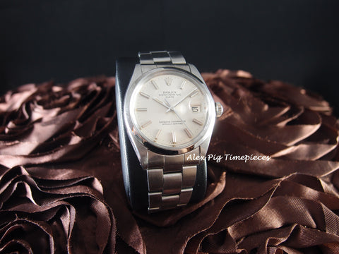 Rolex OYSTER DATE 1500 Original Silver Dial Mint Condition