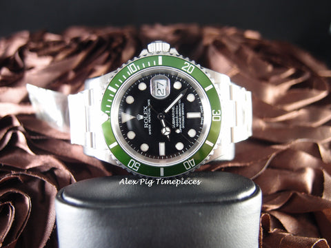 Rolex SUBMARINER 16610LV Y9 Green Bezel with Box and PAPER RARE