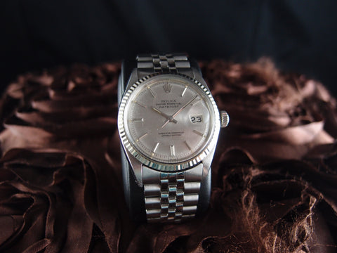 Rolex DATEJUST 1601 SS ORIGINAL Silver Texture Dial with Jubilee Band