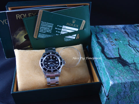 Rolex SEA DWELLER 16600 Full Set (M Serial) with Box and PAPER Like New