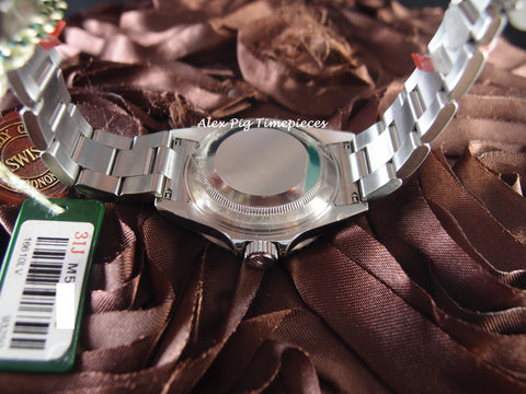 Rolex SUBMARINER 16610LV Green Bezel Full Set with Box and Paper [NEW]