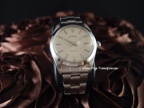 Rolex OYSTER DATE 6694 Original Silver Dial with Rivert Band