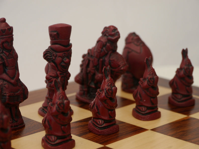 Berkeley Chess Decorative Chessmen - Alice - Cardinal