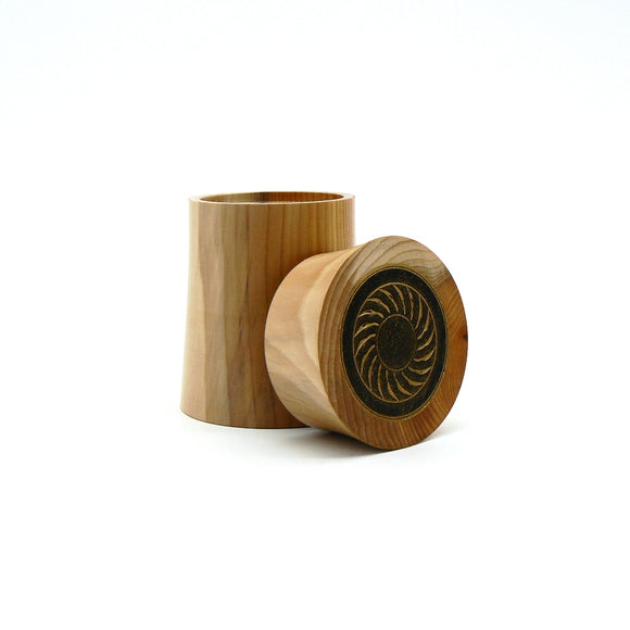 Lidded Box in Yew and Ebony