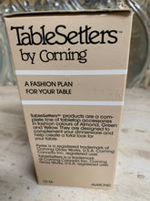 Load image into Gallery viewer, Table Setters by Corning