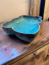 Load image into Gallery viewer, MCM Bowl Pottery