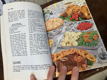 Load image into Gallery viewer, Chatelaine Cookbook
