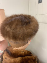 Load image into Gallery viewer, Real Fur Headwear