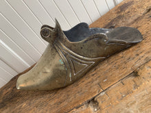 Load image into Gallery viewer, Brass Armour Shoe Stirrup
