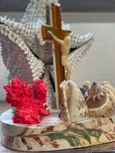 Load image into Gallery viewer, Jesus Seashell Decor