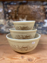 Load image into Gallery viewer, Pyrex Forest Fancies Bowl Set