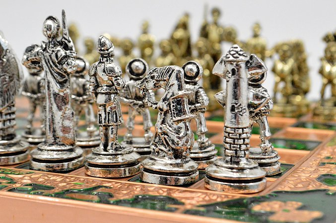 Spanish Chess Set - Green