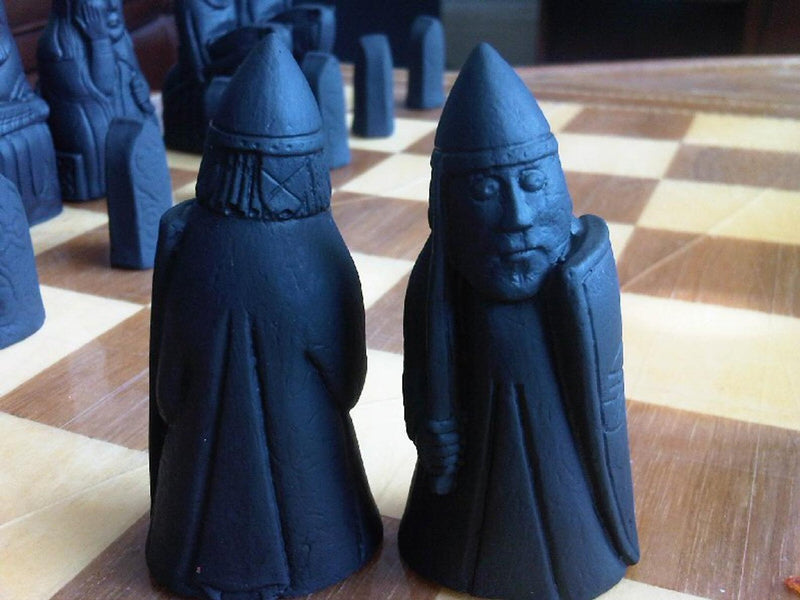 Isle of Lewis Chess Set - Black