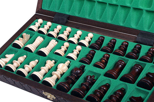 "Handmade Wooden Chess Set, 14,1"" x 14,1"", Brown"