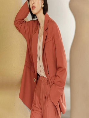 Rosaline A casual and comfortable design suit