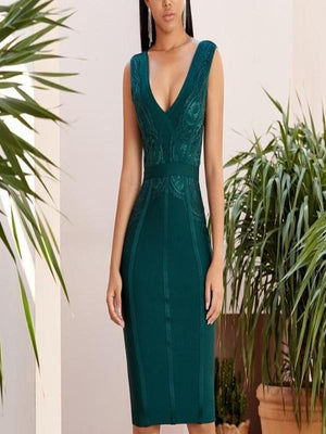 Rosaline Green / L Sexy V-neck lace embroidered bandage dress is sleeveless