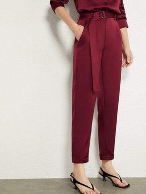 Rosaline red pant / L Satin suit consisting of a LO top and high waist pants