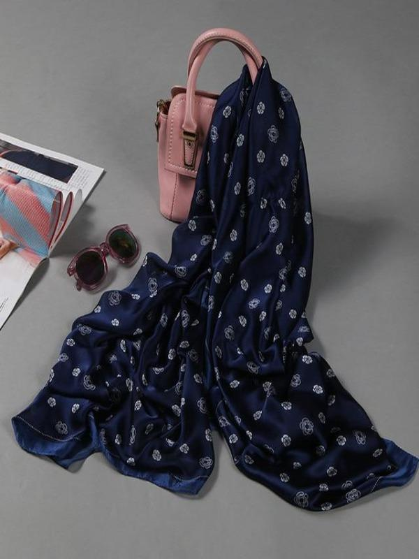 Rosaline scarf navy Soft long scarf