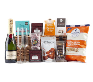Champagne Hamper with Moet & Chandon Champagne