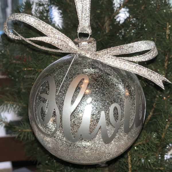 Personalised Glass Christmas baubles