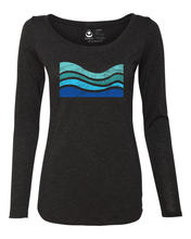 Load image into Gallery viewer, Vintage Wave Scoop Long Sleeve Tee