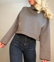 Load image into Gallery viewer, LORI - Long Sleeve Turtleneck Top