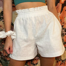 Load image into Gallery viewer, THE EVE - High Waist Linen Shorts