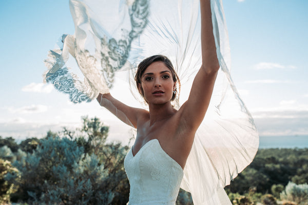 final shot - veil by Samantha Wynne Bridal