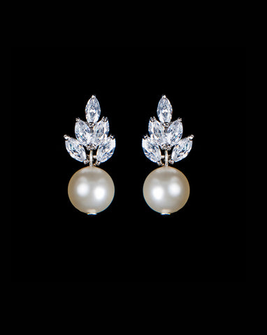Bridal earrings - Bocheron pearl by Stephanie Browne - Kezani Jewellery - 1
