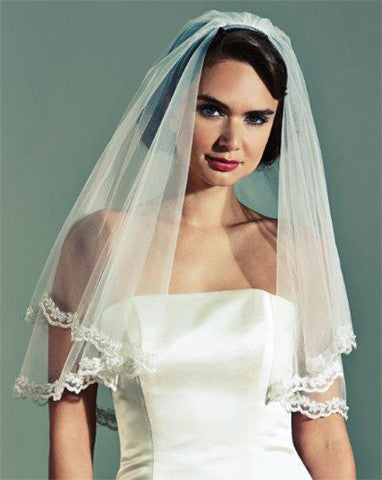 Veil - waist length circular wedding veil with lace trim - Castello - Kezani Jewellery - 1