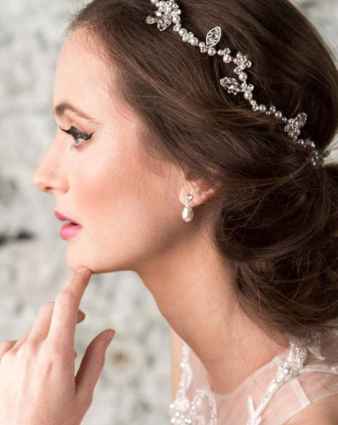 Bridal earrings - crystal stud with pearl drop - Eloise small by Kezani