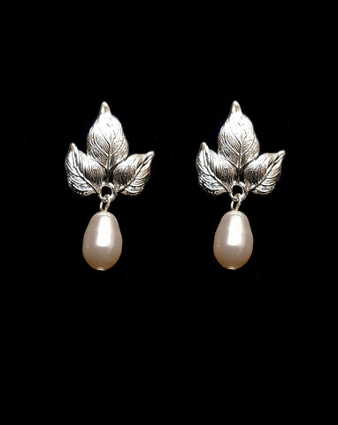 Bridal earrings - Fiorentina pearl drop by Stephanie Browne