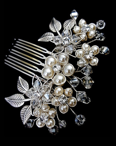 wedding headpiece - small pearl flower comb - Baby Jessica by Kezani