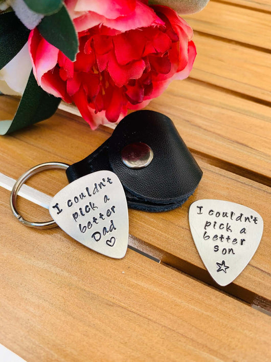 Guitar Pick with leather case, keyring, Personalized Engraved Guitar Pick
