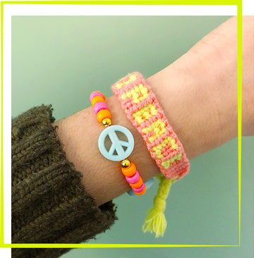 4/18 - Word Friendship Bracelet Workshop