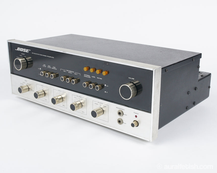 BOSE 4401 // SOLID STATE STEREO PREAMPLIFIER