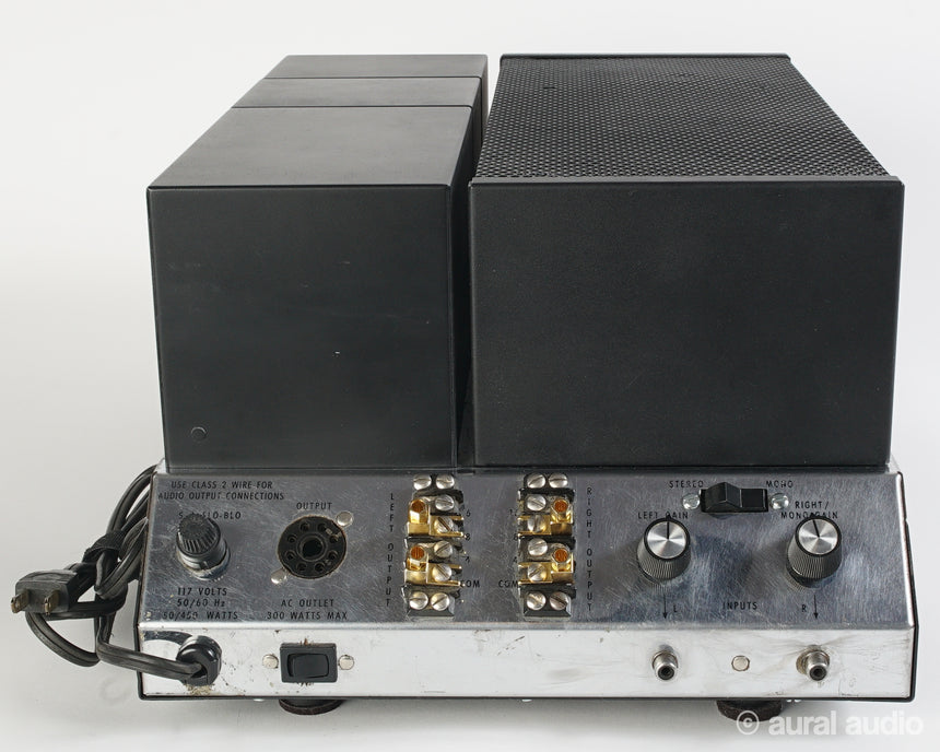 McIntosh MC2100 // Solid State Stereo Amplifier