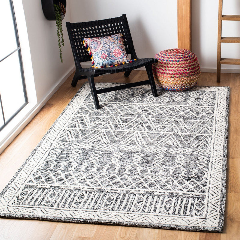Safavieh Rugs Abstract ABT558A Ivory | Black