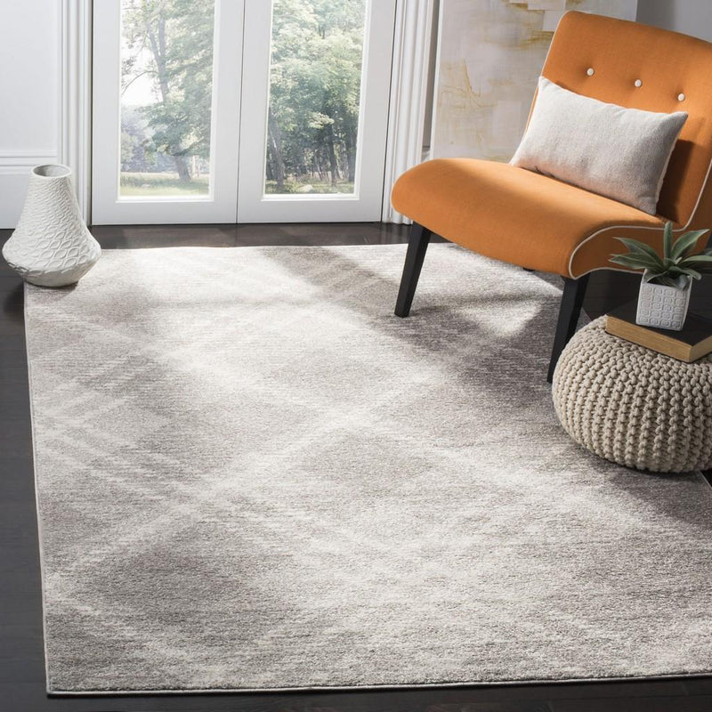 Safavieh Rugs Adirondack ADR129B Light Grey | Ivory
