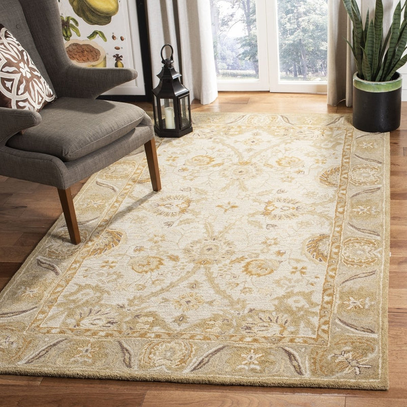 Safavieh Rugs Anatolia AN558B Silver | Light Brown