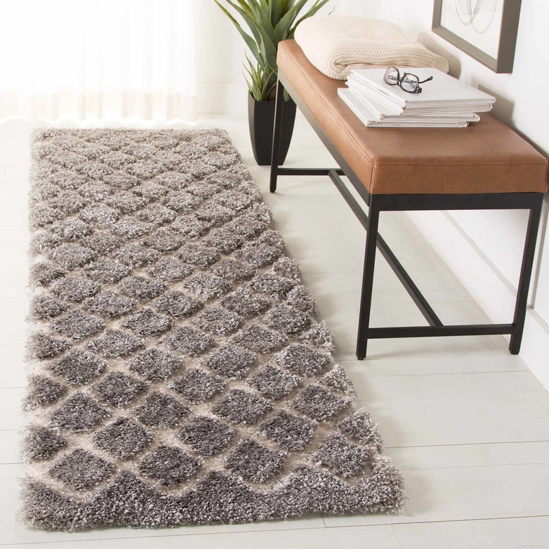 Safavieh Rugs Adriana Shag ARG780G Light Grey | Cream