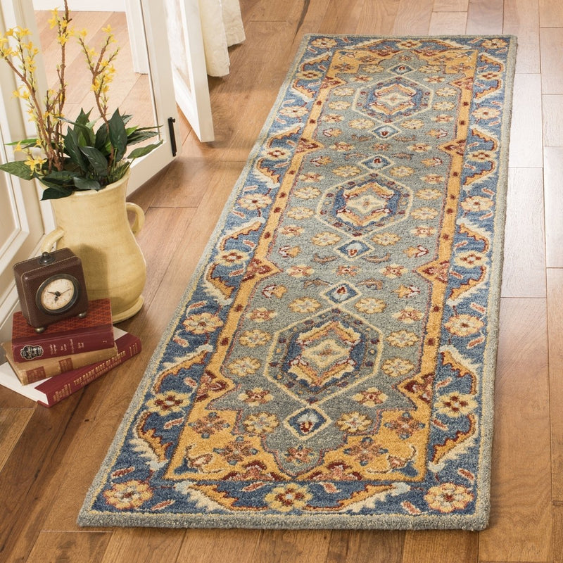 Safavieh Rugs Antiquity AT504M Blue | Gold