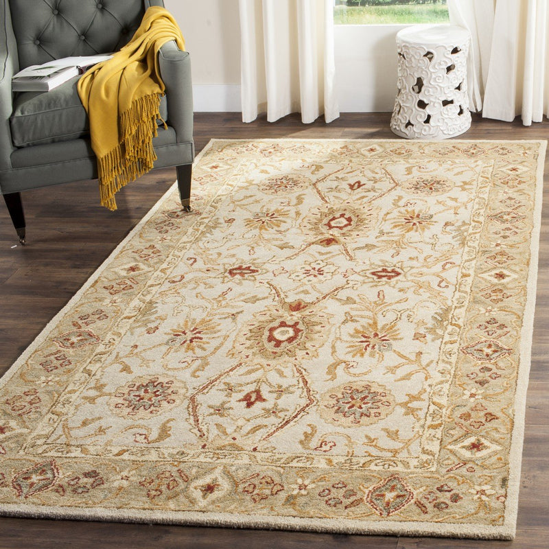 Safavieh Rugs Antiquity AT816B Grey Beige | Sage