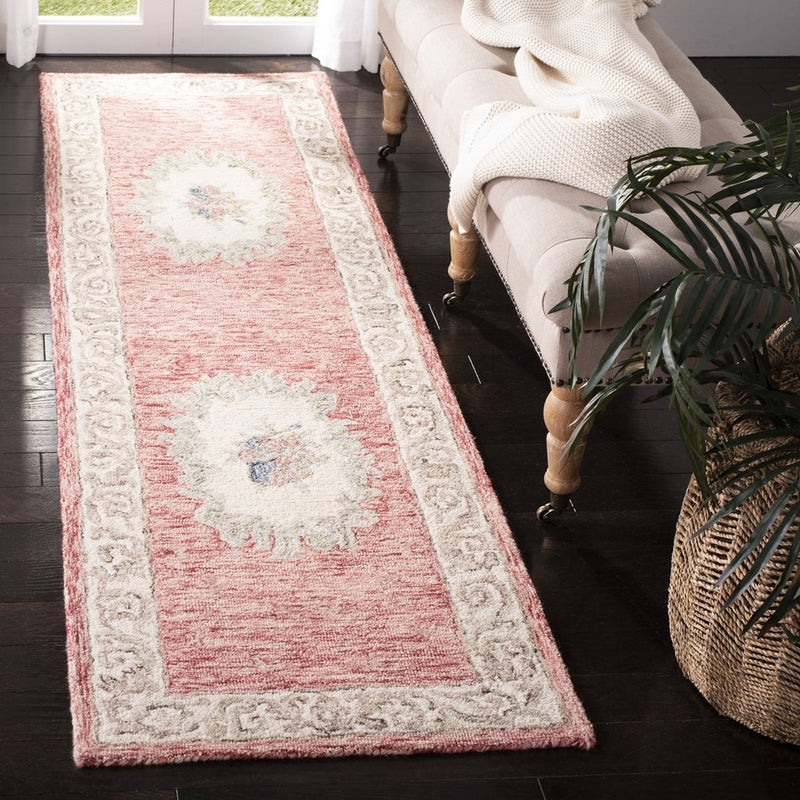 Safavieh Rugs Aubusson AUB105Q Red | Ivory