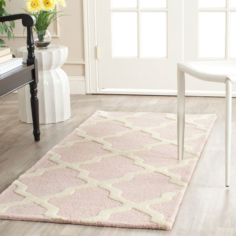 Safavieh Rugs Cambridge CAM121M Light Pink | Ivory