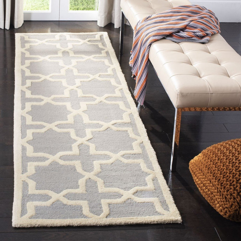Safavieh Rugs Cambridge CAM125D Silver | Ivory