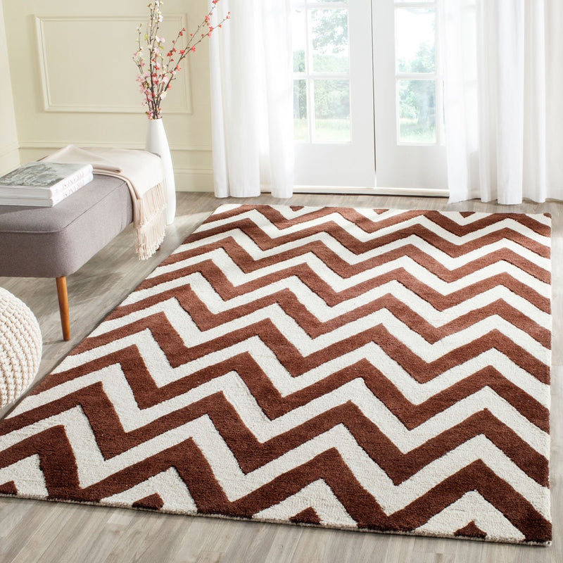 Safavieh Rugs Cambridge CAM139H Dark Brown | Ivory
